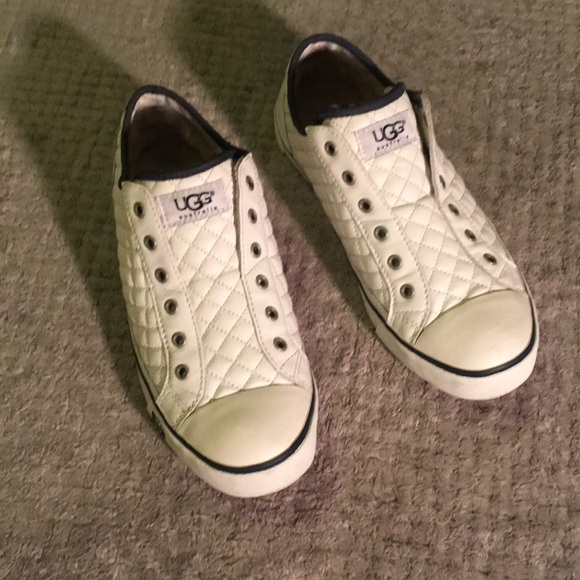 bd0bf15e644 UGG White Leather Laceless Sneakers Sz 8.5